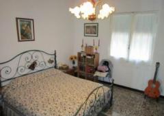 Casa indipendente in Vendita a Vado Ligure - 320