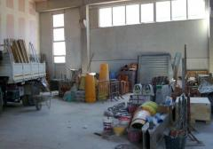 Capannone in Vendita a Follo - 465 m²