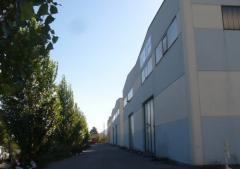 Capannone in Vendita a Arcola - 250 m²