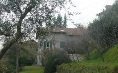 Casa indipendente in Vendita a Follo - 240 m²