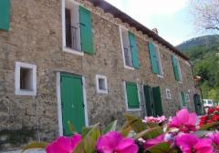 Casa indipendente in Vendita a Apricale - 230 m²