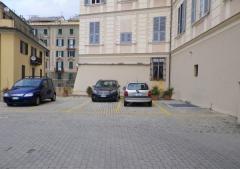 Box / Garage in Vendita a Genova