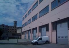 Capannone in Vendita a Genova