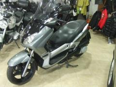 Scooter Yamaha X-Max 250