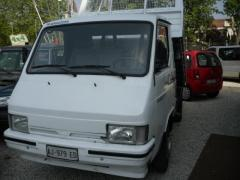 Autocarro Nissan Trade 3.0 Diesel