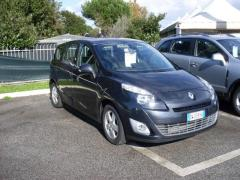 Automobile Renault Scenic 1.5 DCI