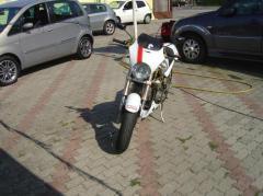Motocicletta Ducati Monster 900