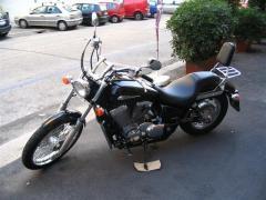 Motocicletta Honda Shadow 750