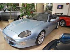 Automobile Aston Martin DB7