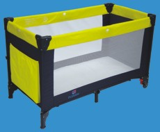 Manege baby bed