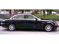Automobile Jaguar S-Type 2.5 V6