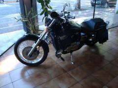 Motocicletta Honda Black Widow 750