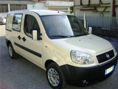 Automobile Fiat Doblo