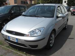 Automobile Ford Focus 1.8