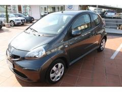 Automobile Toyota Aygo 1.0