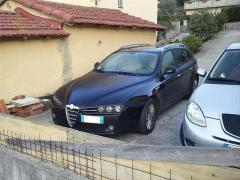 Automobile Alfa Romeo 159