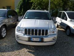 Automobile Jeep Grand Cherokee