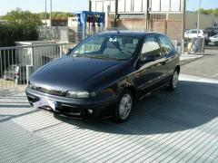 Automobile Fiat Bravo 100