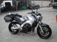 Motocicletta Suzuki GSR 600