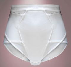ملابس داخلية لإستعمال بعد الولادة