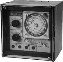 RTE 982  Regolatore climatico analogico per