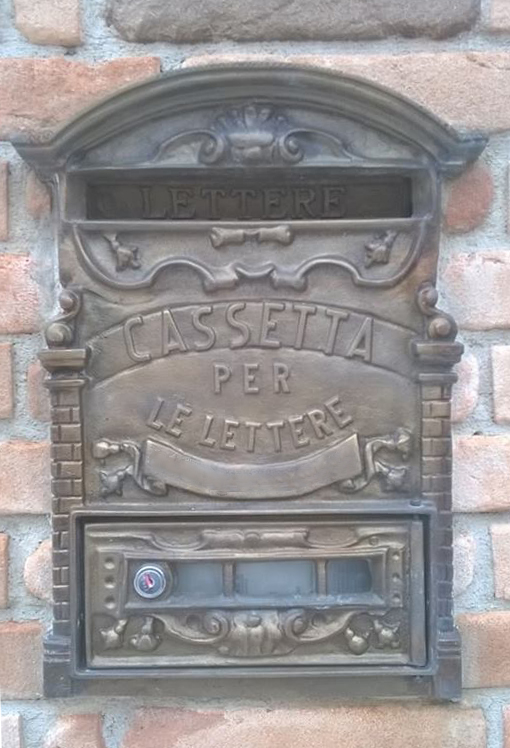 cassetta_postale_per_lettere_in_fusione_di_ottone