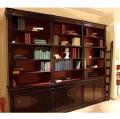 Libreria con scaletta