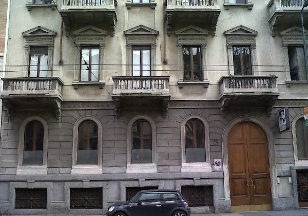 Ordine Ufficio in Affitto a Milano