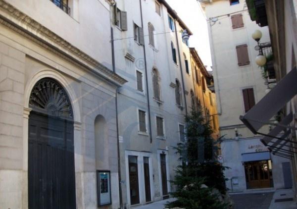 Ordine Appartamento in Affitto a Verona - 3 locali