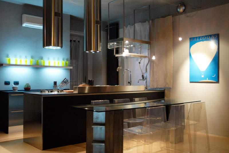 Ordine Ristrutturizzazione ambiente. Un appartamento in una palazzina anni 50 si trasforma in un Loft Open Space