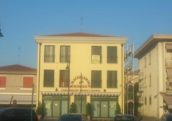 Ordine Appartamento in Affitto a Legnaro - più di 5 locali
