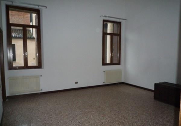 Ordine Ufficio in Affitto a Padova