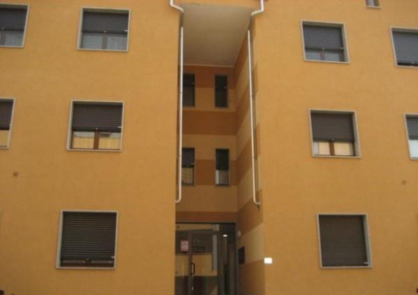 Ordine Appartamento in Affitto a Galliate - 2 locali