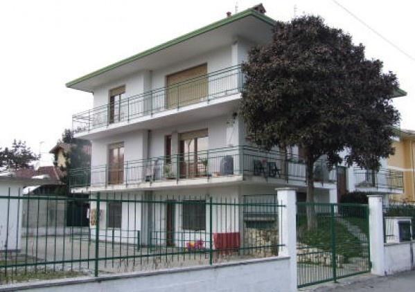 Ordine Appartamento in Affitto a Varallo Pombia - 2 locali