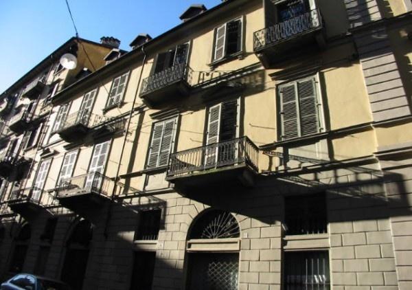 Ordine Attico / Mansarda in Affitto a Torino - 2 locali