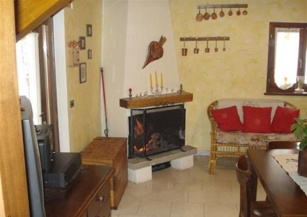Ordine Villa / Villetta in Affitto a Bognanco