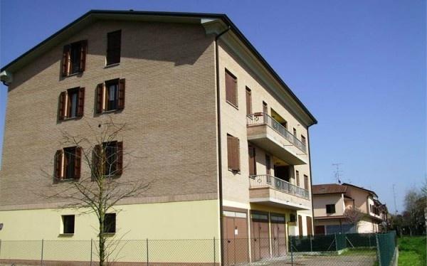 Ordine Appartamento in Affitto a Novi Di Modena - 4 locali