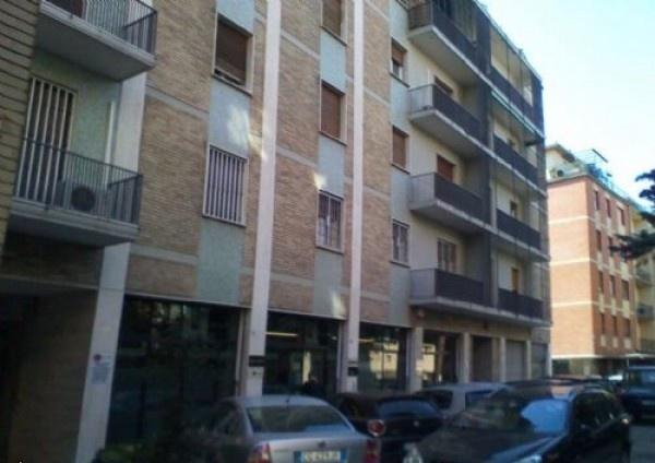 Ordine Appartamento in Affitto a Bologna - 4 locali