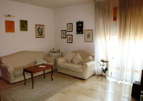 Ordine Appartamento in Affitto a Reggio Calabria - 5 locali