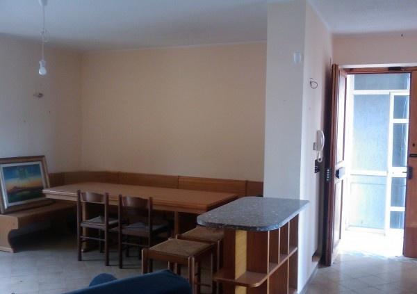 Ordine Casa indipendente in Affitto a San Mango Piemonte - 140 m²