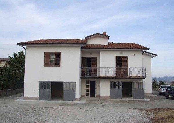Ordine Casa indipendente in Affitto a Benevento - 285 m²