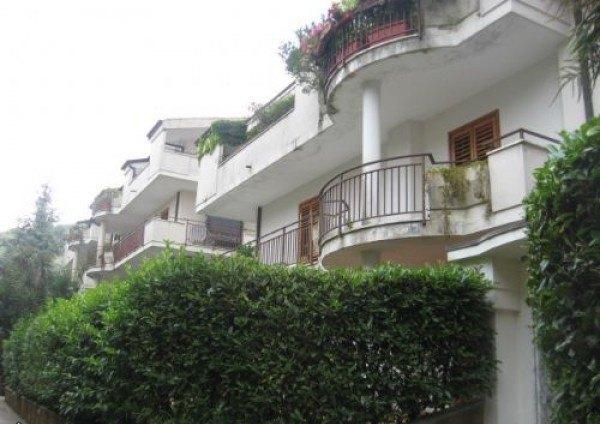 Ordine Appartamento in Affitto a Caserta - 4 locali