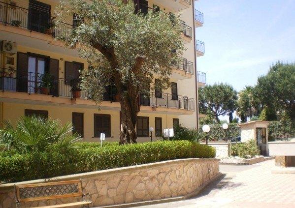 Ordine Appartamento in Affitto a Orta Di Atella - 4 locali