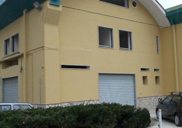 Ordine Ufficio in Affitto a Nocera Inferiore - 85 m²