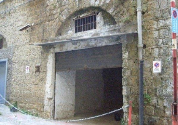 Ordine Garage / Parcheggio in Affitto a Napoli