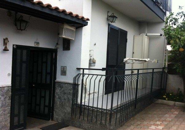Ordine Appartamento in Affitto a Somma Vesuviana - 85 m²