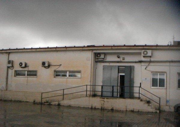 Ordine Capannone in Affitto a Napoli - 400 m²
