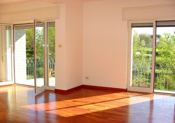 Ordine Appartamento in Affitto a Napoli - 4 locali