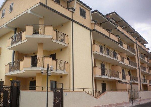 Ordine Appartamento in Affitto a Acerra - 3 locali