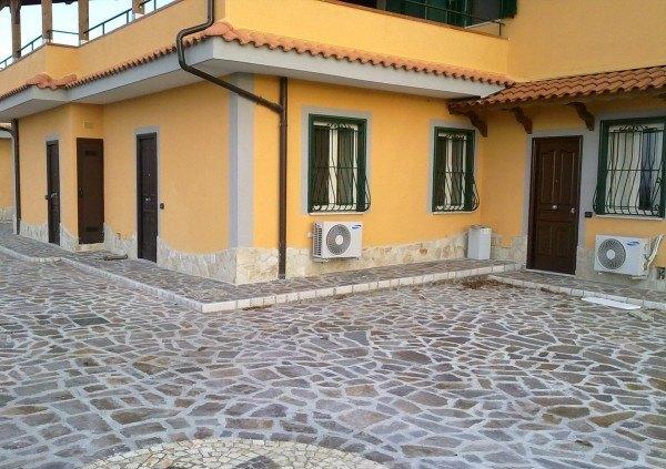 Ordine Appartamento in Affitto a Pozzuoli - 2 locali